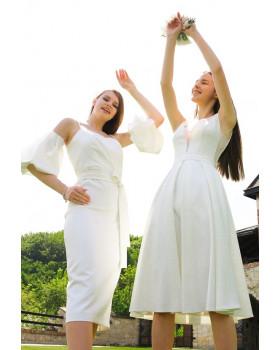 Сукня з вирізом оздобленим сіткою