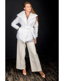 Куртка молочна стьобана