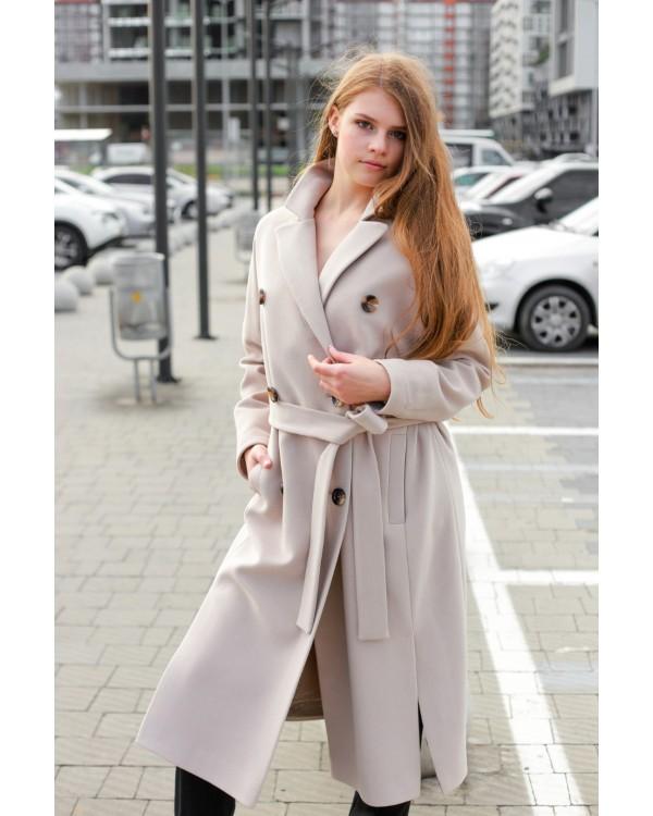 Класичне двубортне бежеве пальто
