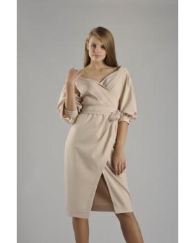 Сукня святкова пудрова з розрізом на спідниці