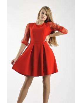 Сукня червона з воланами на спині