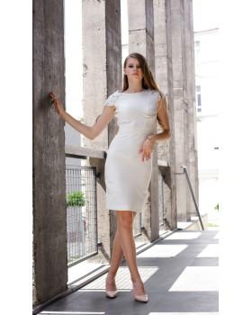 Сукня молочна з мереживом на спині