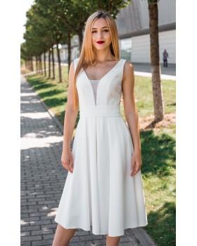 Сукня молочна з імітацією оголеного боку