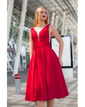 Сукня червона з V-образним вирізом