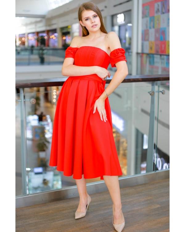 Сукня червона зі спущеним рукавом
